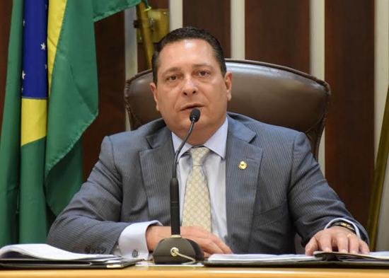 O presidente da Assembleia Legislativa, Ezequiel Ferreira, programou homenagem a 12 advogados do Rio Grande do Norte