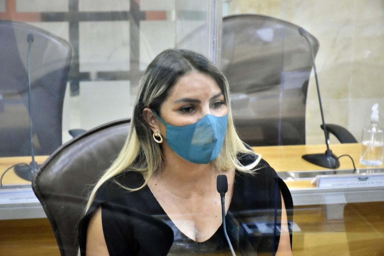 Deputada Eudiane Macedo repercute caso de influenciadora agredida durante  julgamento   Tribuna da Justiça